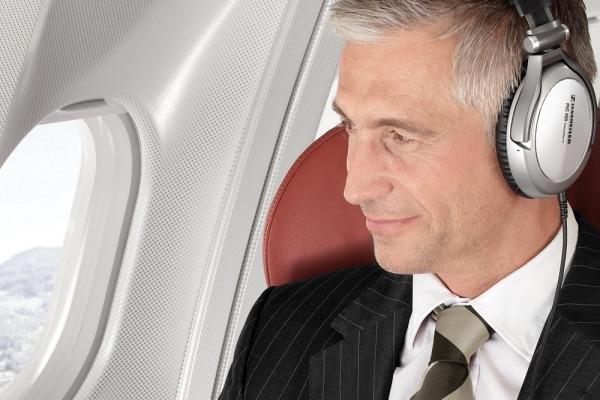 Что происходит с вашими ушами во время полёта. Советы по предотвращению проблем